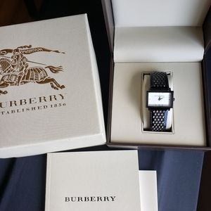 Authentic Burberry Watch Womens